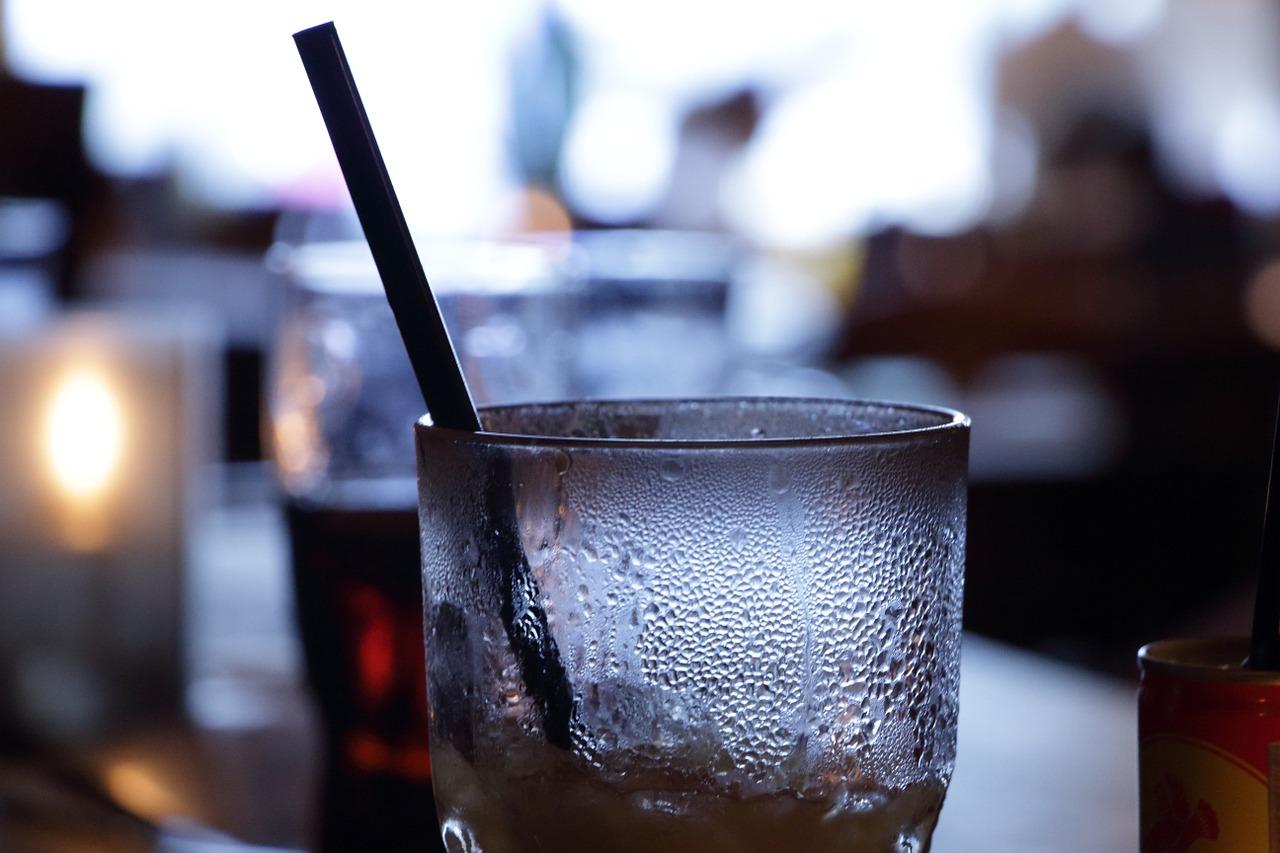 Alkohol_Glas