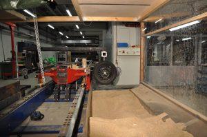 Untersuchung der Wechselwirkung zwischen einem Reifen und Sand