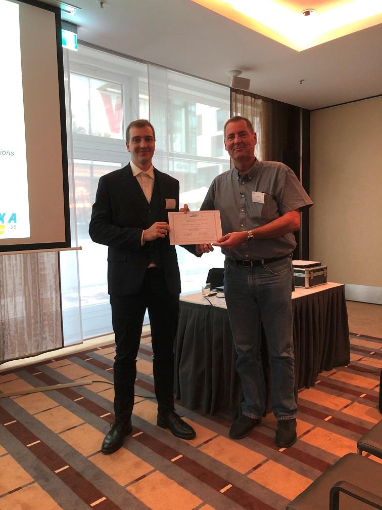 Piet Jarmatz with Prof. Hans-Joachim Bungartz during the SPPEXA Award Ceremony