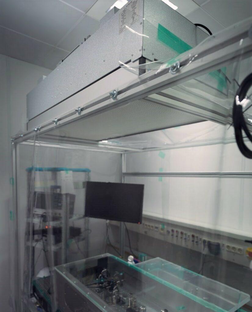 Eine FFU im Laserlabor