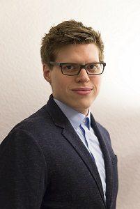 Dr. Tobias Möller