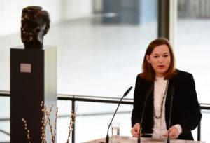 Dr. Eva Gümbel, Staatsrätin der Hamburger Behörde für Wissenschaft, Forschung und Gleichstellung, überbrachte die Grüße des Hamburger Senats. (Foto: Ulrike Schröder)