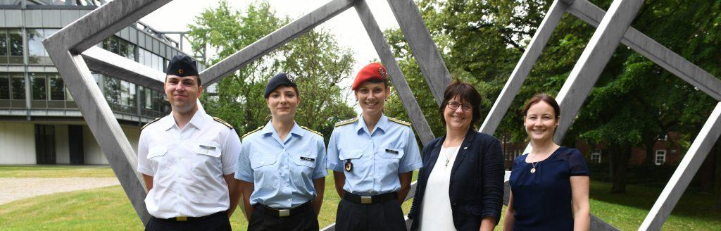 Gruppenfoto der Gleichstellungsbeauftragten der HSU