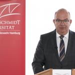 Universitätspräsident Prof. Dr. Klaus Beckmann über die ersten beiden Phasen der Wiedereröffnung der Universität