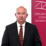Universitätspräsident Prof. Dr. Klaus Beckmann über Öffnungsschritte in der Weisung Nr. 8, Präsenzlehre im Herbsttrimester 2021 und den Fortgang von Impfen@hsu
